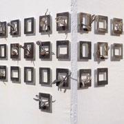 DOCUMENTATION (Ausschnitt/gesamt 65 Dias) - Wachs, Aluminium, Stahl, 5 x 5 x 0,5 - 3 cm, 2009