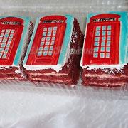Пирожные в английском стиле для оксфордского центра , красный бархат