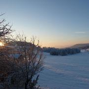 Sonnenaufgang nach einer kalten Nacht - Blick von unserem Haus
