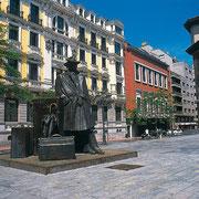 Oviedo. El Sabil. Senda del Oso.