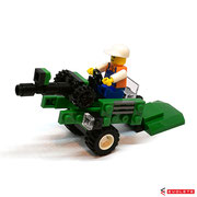 Blocks World Happy Paradise K15A-5 Farm Tractor (C)