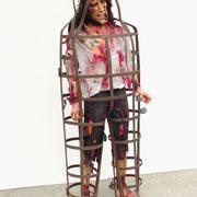 hombre torturado