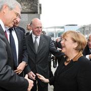 Gemeinsame Sitzung des Deutschen Bundestages und der Assemblee Nationale. Claude Bartolone und Bundestagspräsident Dr. Norbert Lammert begrüßen Angela Merkel und Francois Hollande, Dt.Bundestag