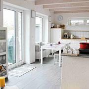 der dänische Einfluß eines gemütlichen Ferienhauses ist überall spürbar