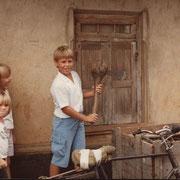1983 - Dans un village de brousse