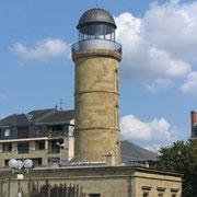 Ancien château d'eau 19è siècle bâti en forme de phare