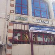 Halles : Ancien hospice de la ville, il fut démoli en 1908 pour laisser place au marché couvert et à la justice de paix.