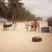 1985 - Pique nique sur la plage de Badagry
