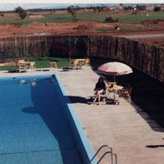 Caroline à la piscine à Noêl 1989