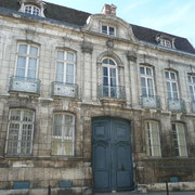 Hôtel Deschamps de Charmelieu