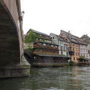 Le pont Saint Martin et le lavoir