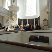 Old North Church, une chorale est en train de chanter.