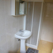 Camera grande con bagno