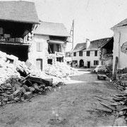 Une rue du village d'Arette lors du tremblement de terre du 13 août 1967 - © Sud-Ouest/Mairie d'Arette
