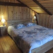 Gîte La Grange, chambre triple (1 lit double, 1 lit simple)