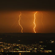 Blitze über dem Zürichsee, Schweiz. Juli 2009 © Robert Hansen