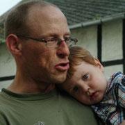 Vater und Sohn oder auch Sohn und Enkel