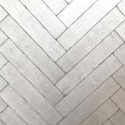 Französisch Fischgrät Parkett - Used Look- pop white- S. Fischbacher Living