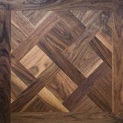 Tafelparkett Versailles 15/4 oder 20/6 x 800 x 800 mm, Mehrschichtparkett, Natur-Sortierung, Amerik. Walnuss, gebürstet, Hartwachsöl