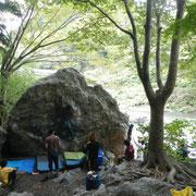 1年振りに来た御岳、宿題の「デッドエンド」はひとまず保留で、「イギリス人のトラバース」に挑戦(2013/10/14)