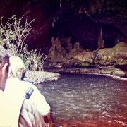 Mit dem Bambus-Floß in die Tham Lod Höhle