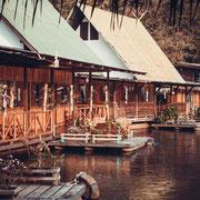 Hotel auf River Kwai in Kanchanaburi (keine 5-Sterne, aber sehr schön)