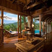 Luxuriöse Unterkünfte im Santhiya Resort.