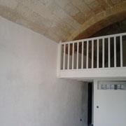 Enduit décoratif à la chaux et mezzanine peinte