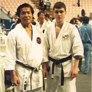 Чемпионат Мира 1996 год. 4-е место по кумитэ (поединку) среди мужчин Бразилия, Сан-Пауло. С Мастером Такеши Найто