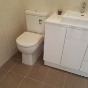 Tempe Ensuite Renovations After With White Poly Vanity