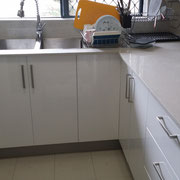 Old kitchen renovation in Rydalmere after with stone splashback