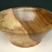 Holzschale Nußbaum 22,5 cm x 9 cm