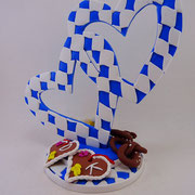 Caketopper Herzen in bayrischen Farben und mit bayrischen Details