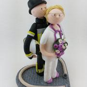 Tortenfigur Brautpaar Feuerwehrmann und Krankenschwester