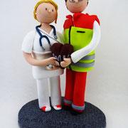 Tortenfigur Brautpaar Rettungssanitäter und Krankenschwester