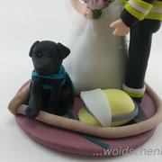 Tortenfigur Brautpaar Feuerwehrmann mit Hund