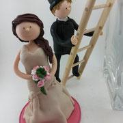 Tortenfigur Brautpaar Schornsteinfeger auf Leiter mit Braut
