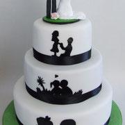 Hochzeitstorte Scherenschnitt mit woidschenken-Tortenfiguren
