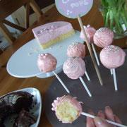Cake Pops und Sonntagskuchen