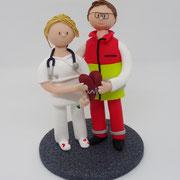 Tortenfigur Brautpaar Sanitäter und Krankenschwester
