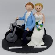 Tortenfigur Brautpaar mit Motorrad