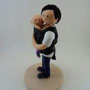 Tortenfigur Brautpaar mit Kindern Mama mit Baby im Tragetuch
