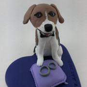 Tortenfigur Hund mit Ringkissen