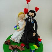 Tortenfigur Brautpaar sitzend Bergsteiger