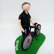 Tortenfigur mit Fahrrad
