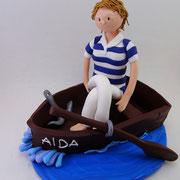 Tortenfigur Frau im Boot