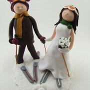 Tortenfiguren Brautpaar auf Skiern