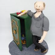 Tortenfigur XXL Figur mit Tresor, 22 cm