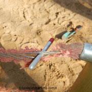 Gefährliche Fangstelle aufgrund von Textilverschleiß.