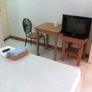 エコノミー宿泊施設例(お部屋)